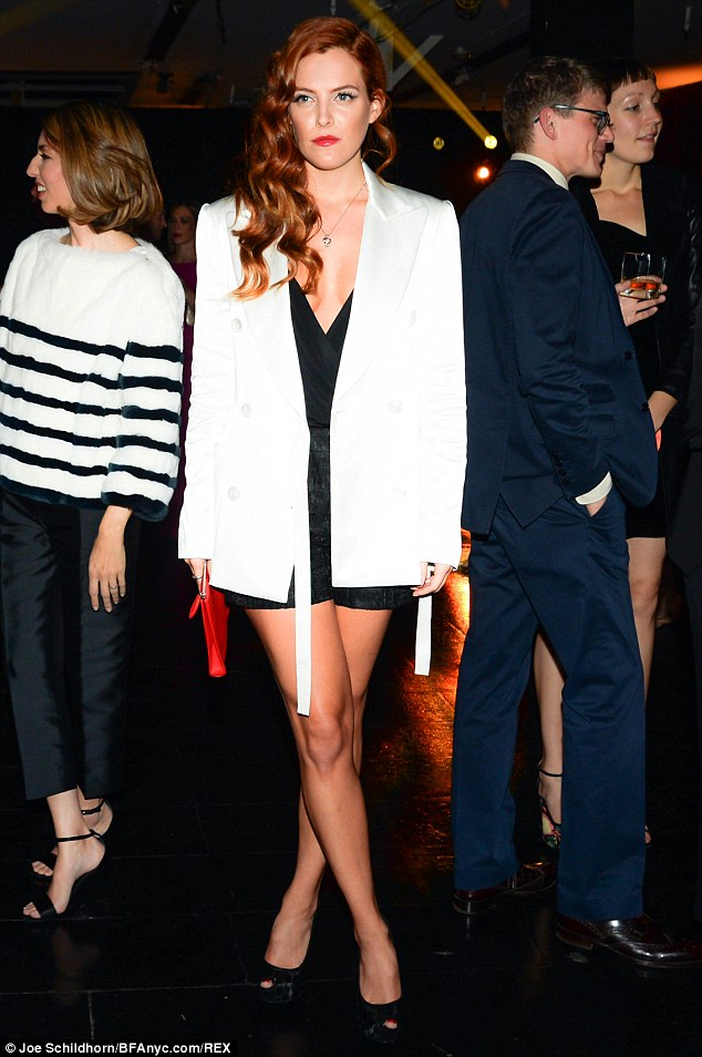 Riley-Keough_-2013-Whitney-Gala-And-Studio-Party (4)