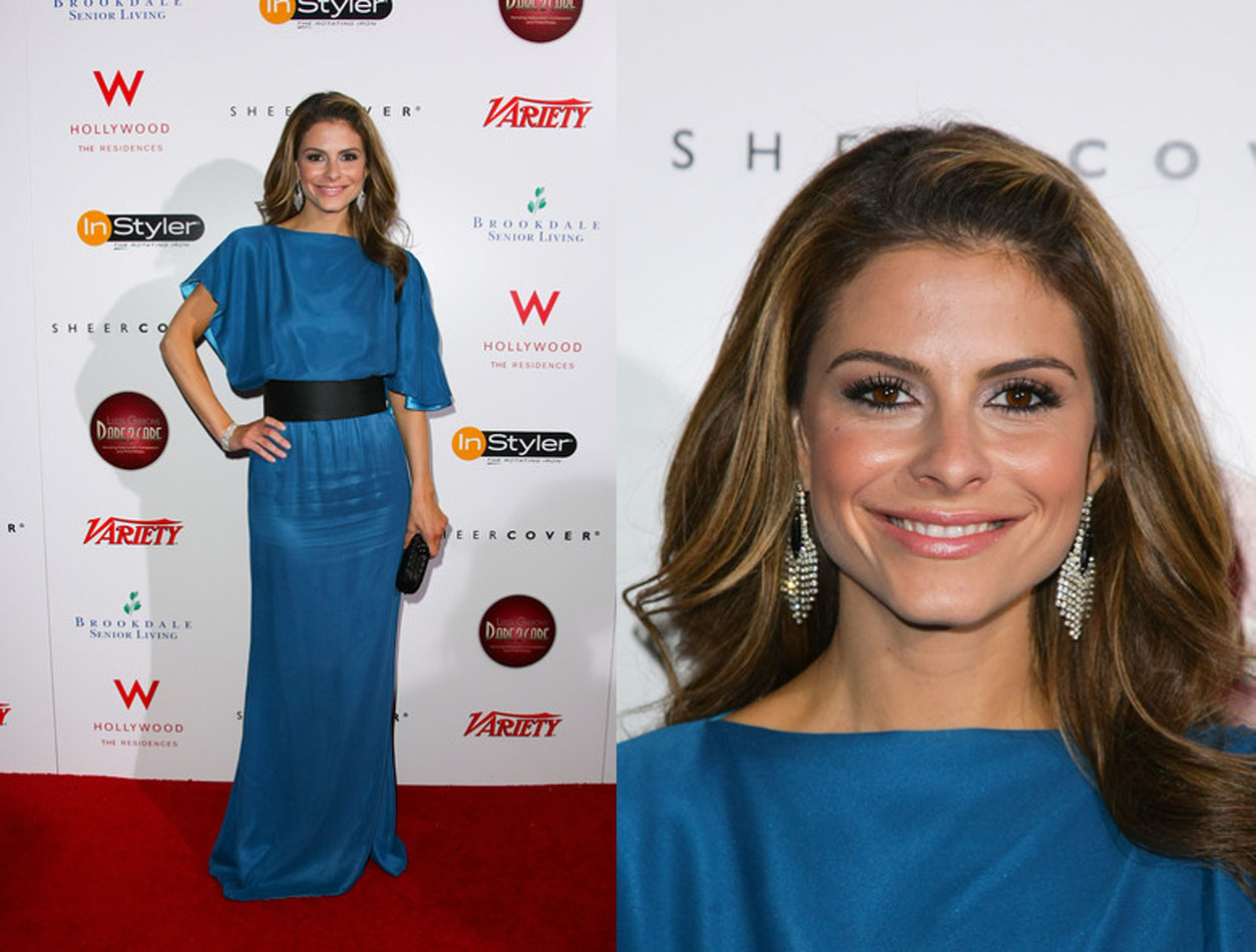 maria menunos blue dress red carpet